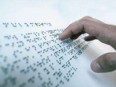 Cómo nació el sistema braille